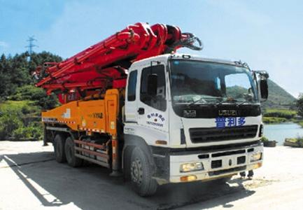 混凝土泵车